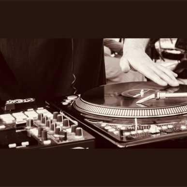 DJ GRUFF IN CONCERTO @ CAP10100
