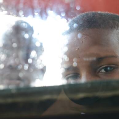 Sognando Saul Leiter: il fascino dell Street Photography…a colori e con il tele!